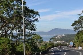 Câmeras de monitoramento são instadas na BR-101, em Santa Catarina (Foto: Kamyla Tolentino/Divulgação)