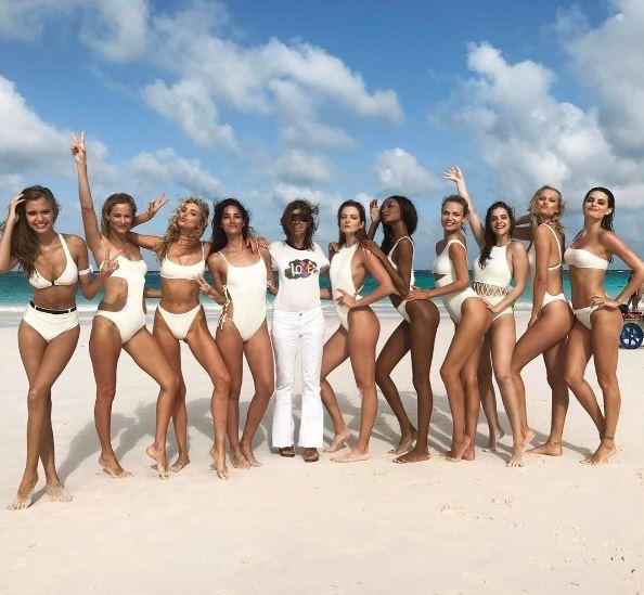 O time de tops nas Bahamas (Foto: Reprodução/Instagram)