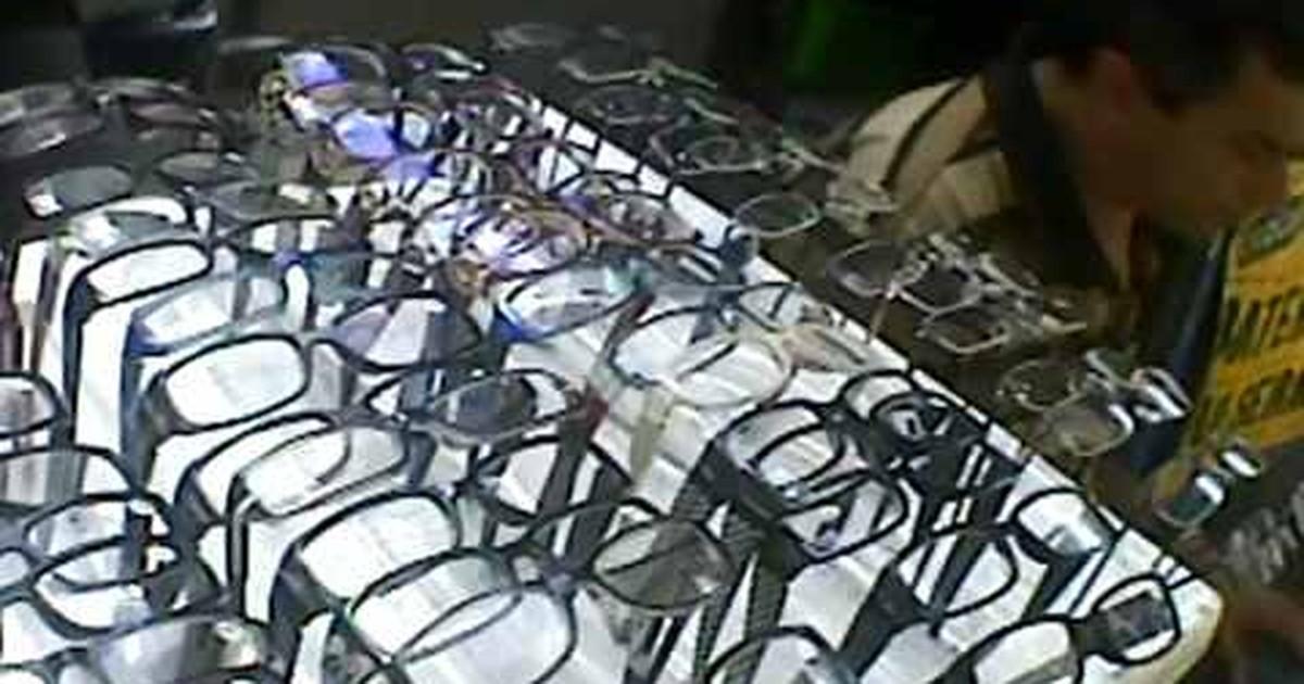 bc2d343647dbf Jornal Nacional - Óculos vendidos em camelôs podem prejudicar a saúde