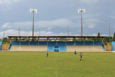 Estádio Jacques da Luz pode receber jogos a partir de 8 de março (Foto: Hélder Rafael)