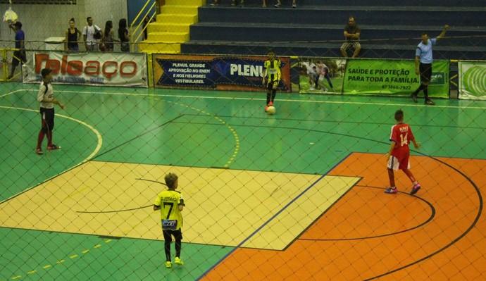 Escola Iracy Nunes conquista sua segunda vitória na Copa TV Grande Rio de Futsal (Foto: Amanda Lima)