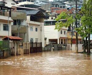 Mais de 500 pessoas morreram em 2011 em decorrência das chuvas na Região Serrana do Rio. Nova Friburgo foi uma das cidades mais atingidas (Foto: Leonardo Vellozo/Jornal A Voz da Serra)