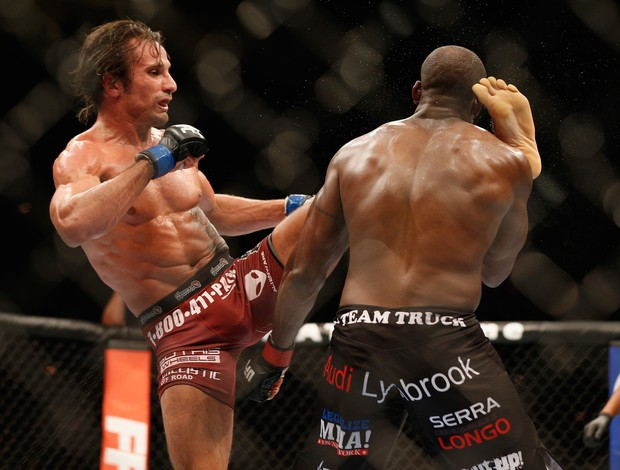Eddie Gordon x Josh Samman, UFC 181 (Foto: Getty Images)