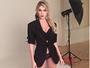 Bárbara Evans dá 'bom dia' com lingerie sensual