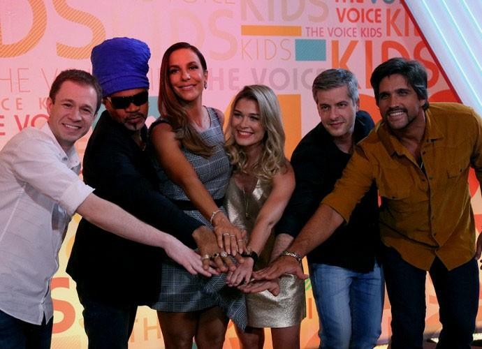 Tiago Leifert, Carlinhos Brown, Ivete Sangalo, Kika Martinez e a dupla Victor e Leo (Foto: Isabella Pinheiro/Gshow)