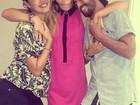 Fiorella Mattheis festeja aniversário ao lado de Sophie Charlotte