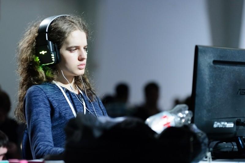 """A gamer Sasha Hostyn é uma das melhores jogadores de """"StarCraft II"""" e de """"Dota 2"""" (Foto: Creative Commons)"""