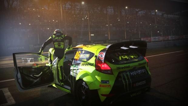 BLOG: MotoGP - Valentino Rossi conquista quinta vitória no Rally de Monza e diz que  topa testar Mercedes de Rosberg, hehe ...