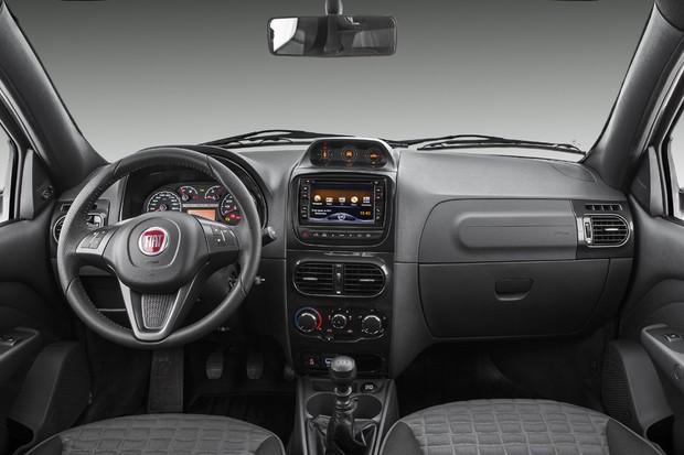 Interior da Fiat Strada Adventure 2018 (Foto: Divulgação)