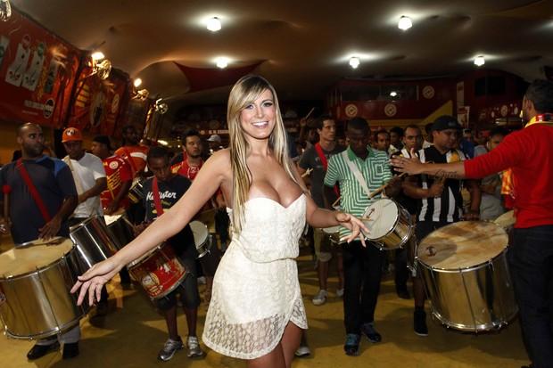 Andressa Urach em noite de samba (Foto:  Paduardo  AgNews)