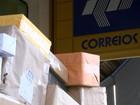 'Montanha' de caixas nos Correios chama atenção em Araçariguama
