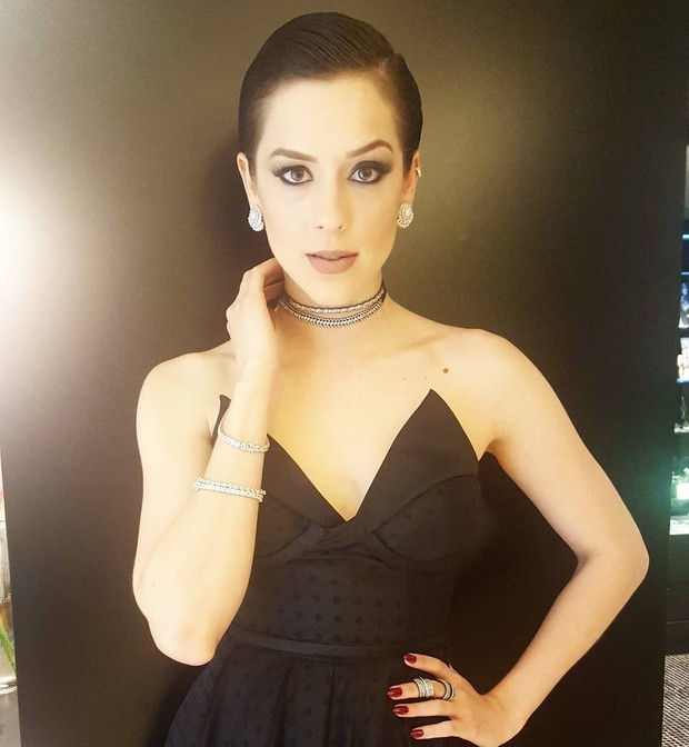 Sophia Abrahão capricha na maquiagem para festa da novela A lei do amor, em São Paulo (Foto: Reprodução do Instagram)