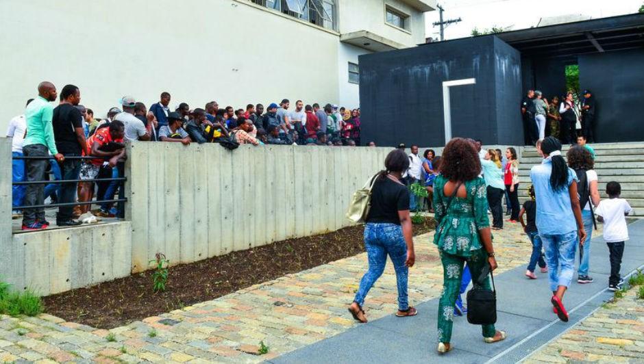 Feirão do Emprego realizado pelo Centro de Integração do Imigrante (Foto: Rovena Rosa / Agência Brasil)