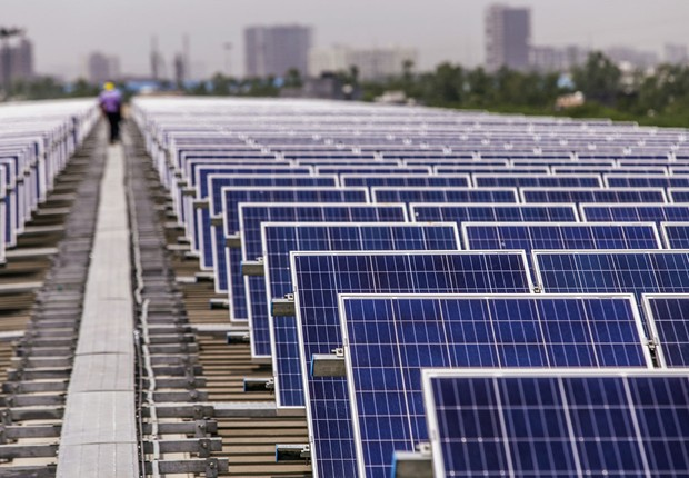 Fazenda de energia solar em província da Índia (Foto:  Prashanth Vishwanathan/Bloomberg via Getty Images)