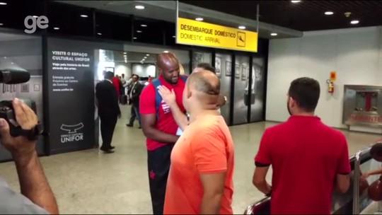 Flamengo desembarca em Fortaleza, e Muralha é o único titular da delegação