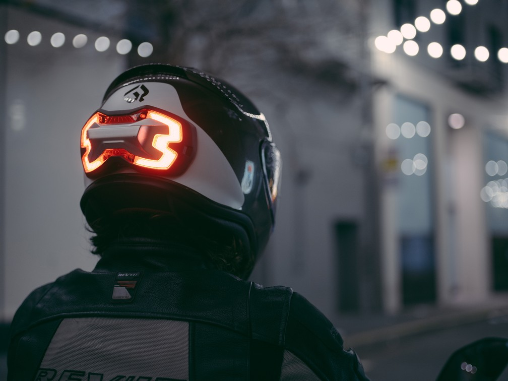 Brake Free promete melhor visibilidade do motociclista com luz no capacete (Foto: Divulgação)