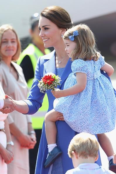 Família real: Kate Middleton, príncipe William, George e Charlotte  (Foto: Getty Images)