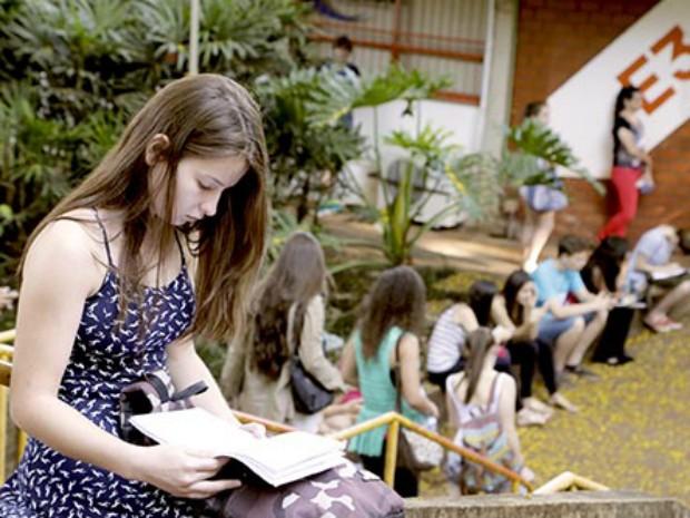 Universidade oferece vagas em 60 cursos de graduação (Foto: UEM/Divulgação)