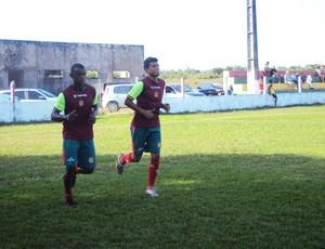 Mimica (à esquerda) e Eloir pregam respeito ao Macaé (Foto: Afonso Diniz/Globoesporte.com)