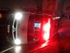 Ambulância do Samu capota na BA a caminho de atendimento de urgência