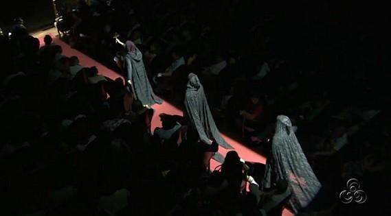 Espetáculo foi realizado no Teatro Amazonas, em Manaus (Foto: Amazônia TV)