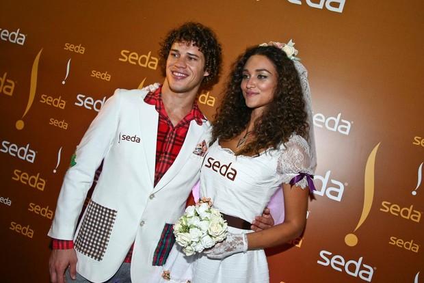 José Loreto e Débora Nascimento (Foto: Marcio Amaral/Divulgação)