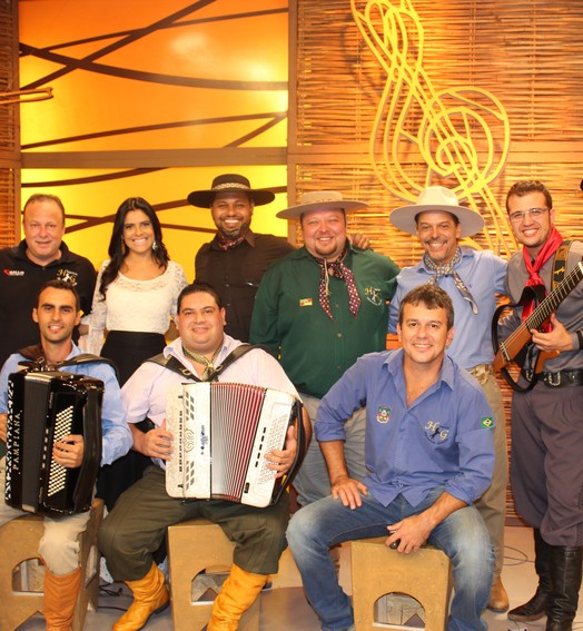 fandango  no galpão (Nice Sordi/RBS TV)