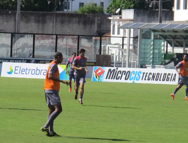 JUninho pernambucano vasco treino (Foto: Thiago Fernandes / Globoesporte.com)