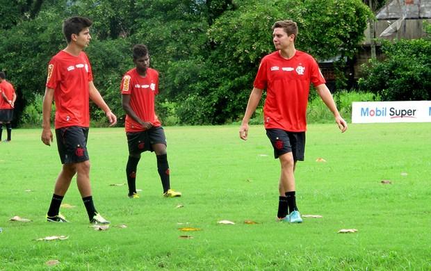 adryan e Mattheus flamengo treino (Foto: Janir Junior)