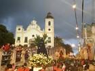 Católicos seguem Procissão do Senhor Morto em Olinda