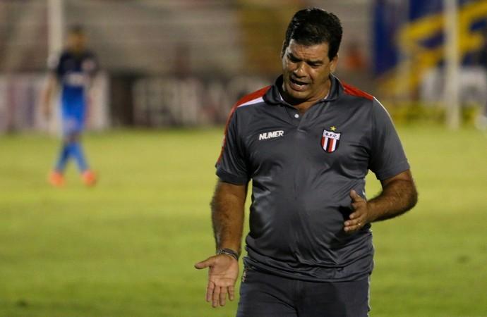 moacir júnior, técnico do botafogo-sp (Foto: Rogério Moroti/Ag. Botafogo)