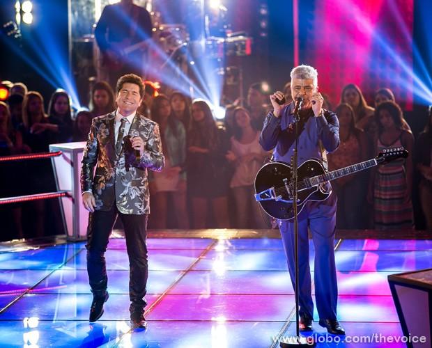 Daniel e Lulu Santos fazem musical no palco do programa (Foto: Isabella Pinheiro/TV Globo)