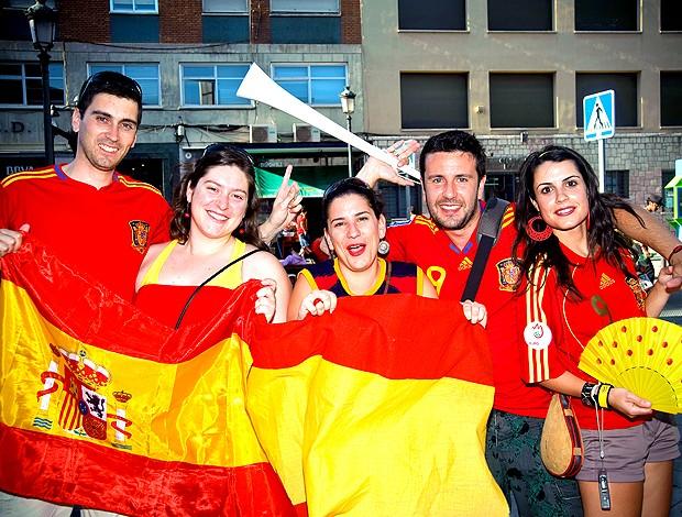 Festa Espanha viajantes 2 (Foto: Edgard Marques / Globoesporte.com)