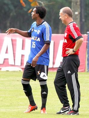 Luiz Antonio ou Digão: qual a melhor opção para lateral direita?