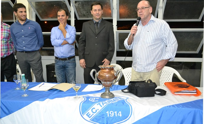 Rodrigo Ubarana, Eduardo Rezende, presidente Hélio Marcondes e José Carlos Brunoro Taubaté (Foto: Filipe Rodrigues)