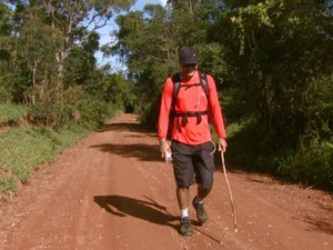 Marcelo faz o 'Caminho da Fé', em Águas da Prata, em busca de tranquilidade ao lado da natureza (Foto: Eder Ribeiro/EPTV)