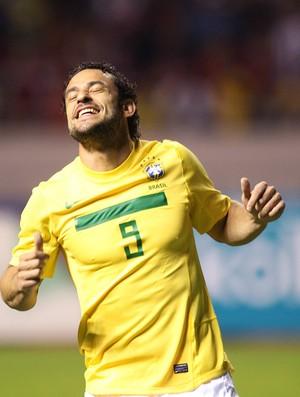 Fred na partida da seleção brasileira (Foto: Mowa Press)
