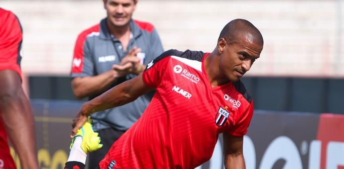 Serginho atacante Botafogo-SP (Foto: Luís Augusto / Agência Botafogo)