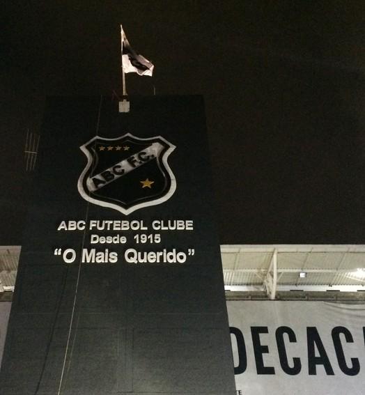 rota alvinegra (Carlos Arthur da Cruz/GloboEsporte.com)