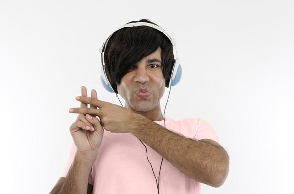 Rodrigo Sant'anna apresenta novos personagens na comédia de sucesso (Foto: Divulgação)