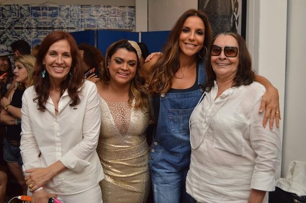 Flora Gil, Preta Gil, Ivete Sangalo e Sandra Gadelha (Foto: Felipe Souto Maior / AgNews)
