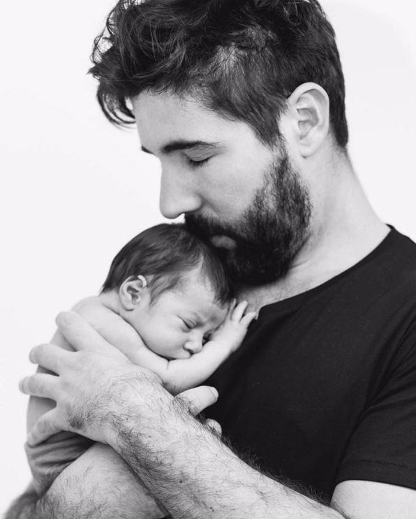 Sandro Pedroso com o filho (Foto: Instagram / Reprodução)