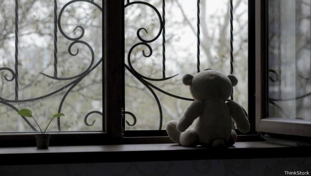 Milhares de pedófilos usam a dark web para compartilhar, vender ou acessar imagens de crianças sofrendo abuso (Foto: ThinkStock/BBC)