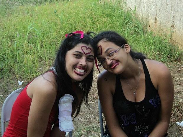Chá de panela de Ediana e Kamila aconteceu em agosto, no Espírito Santo. (Foto: Arquivo Pessoal / Ediana Calixto)
