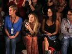 Sasha assiste a Bruna Marquezine na primeira fila do Fashion Rio