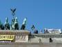 Grupo da ultradireita faz ato contra migrantes (Paul Zinken/dpa/AFP)