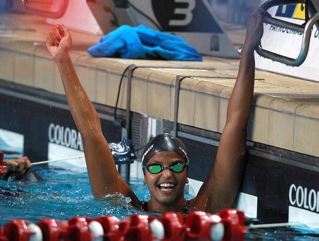 Etiene Medeiros natação (Foto: Satiro Sodré / AGIF)