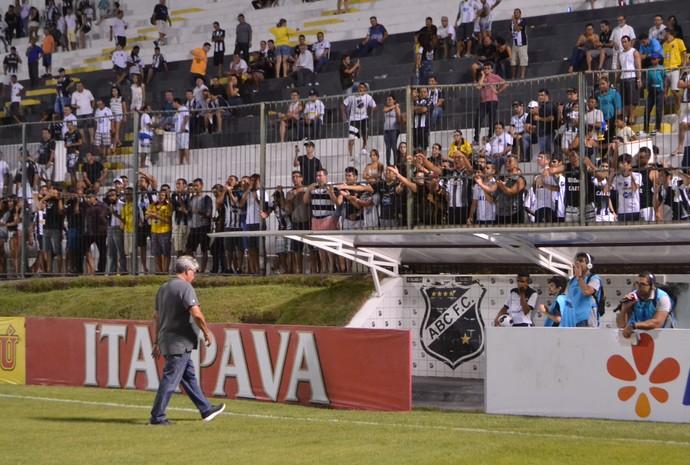 ABC - Geninho, técnico (Foto: Jocaff Souza/GloboEsporte.com)
