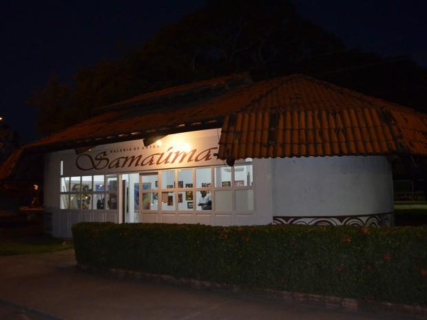 Galeria Samaúma criada para expor artes plásticas amapaenses (Foto: Graziela Miranda/ G1)