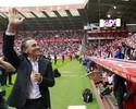Valencia vence na estreia de Prandelli e deixa enfim a zona de rebaixamento